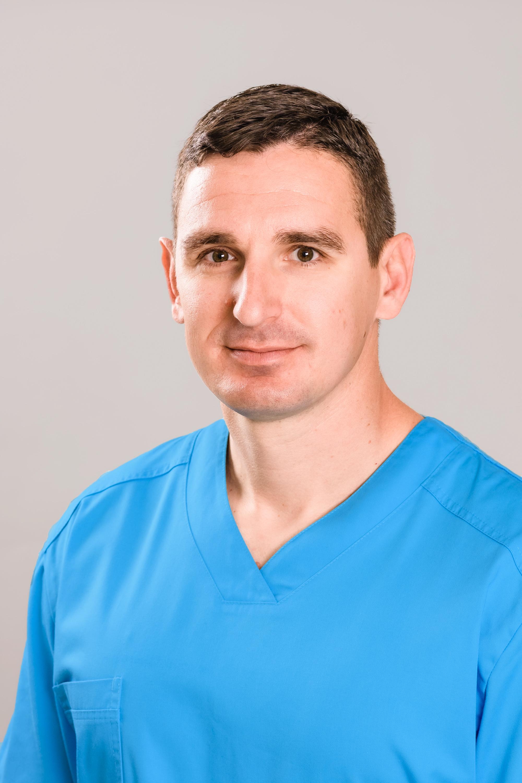 Д-р Добрин Бояджиев, д.м., FEBO