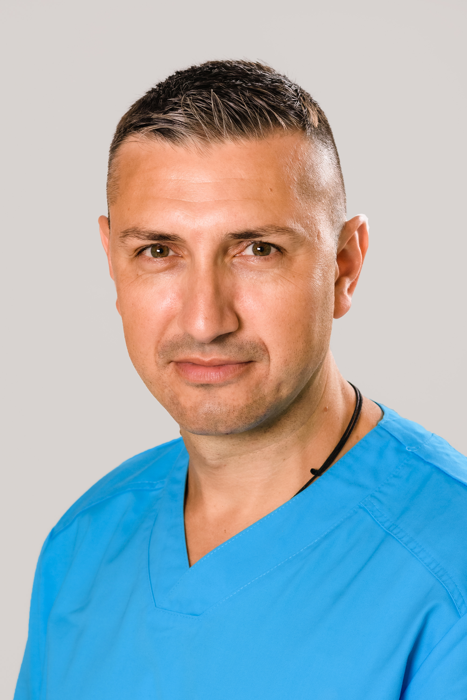 Д-р Йордан Андреев